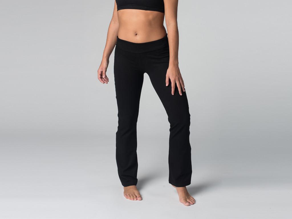 Pantalon de yoga Chic - 95% coton Bio et 5% Lycra Noir