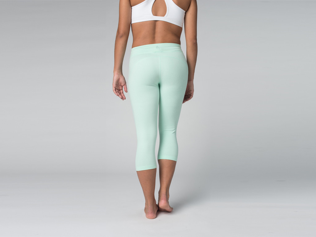 Pantalon de yoga Corsaire  95% coton Bio et 5% Lycra Vert Lagon