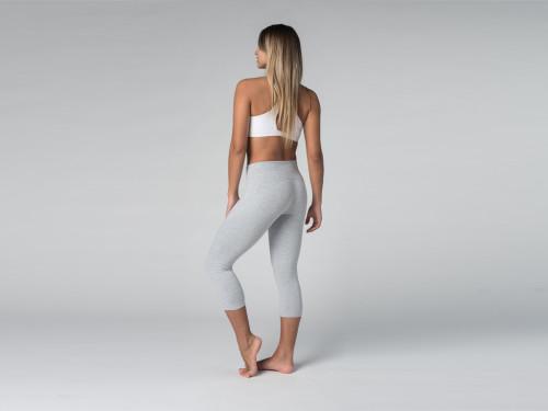 Article de Yoga Pantalon de yoga Corsaire 95% coton Bio et 5% Lycra Gris Perlé
