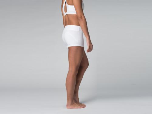 Article de Yoga Short de yoga 95% coton Bio et 5% Lycra Blanc